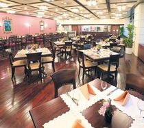 レストラン「アヴァンセ」