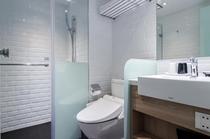 スタンダードダブルルーム バスルーム