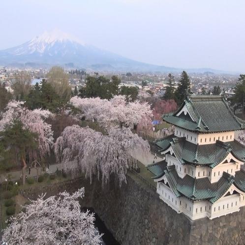 弘前城空撮