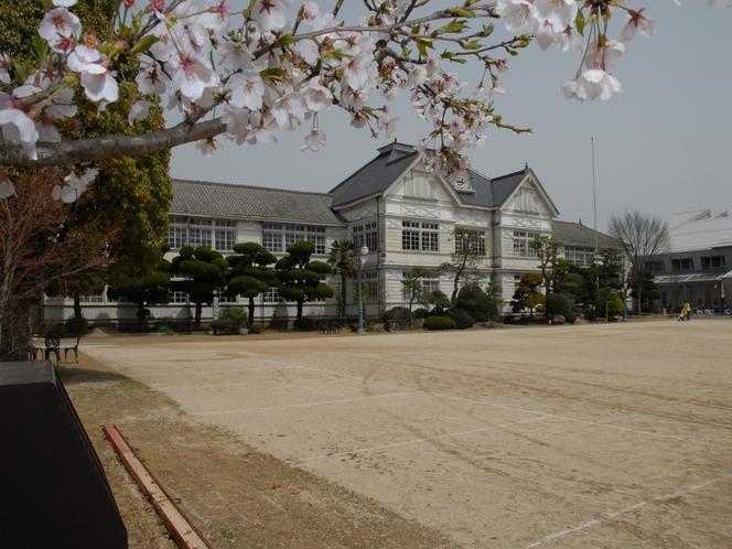 旧尋常小学校