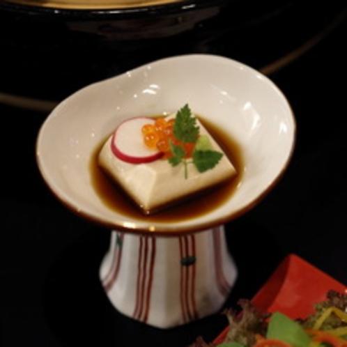 (蟹)先付 胡麻豆腐