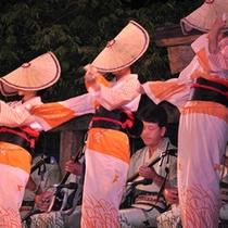 越中おわら風の盆 夏の終わりの全国代表的なお祭り。往復送迎プランあります!