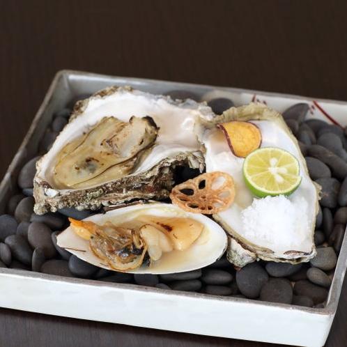 【追加一品】貝焼き 岩牡蠣 白貝