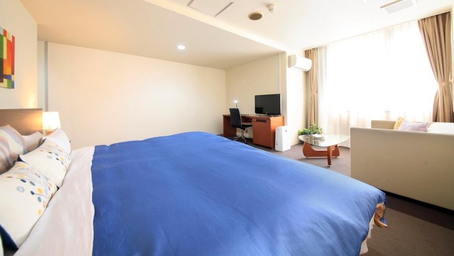 【禁煙】キングダブル/28平米/240cm幅ベッド
