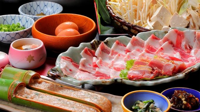 【スタンダード】さつま地鶏と黒豚を味わう<桜さつま鍋>地元食材使用のお手軽コース☆