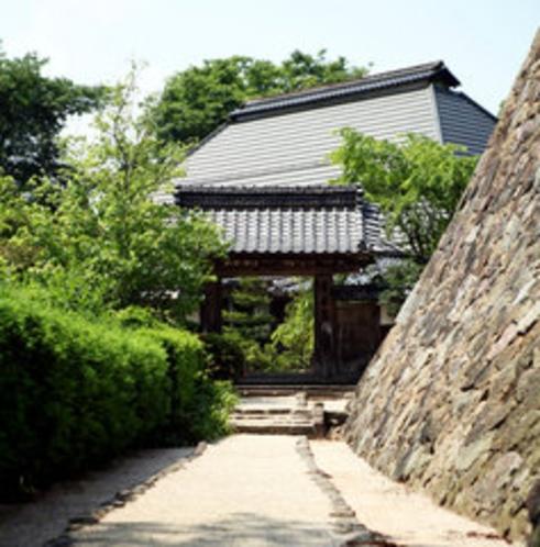蓮乗院の入り口