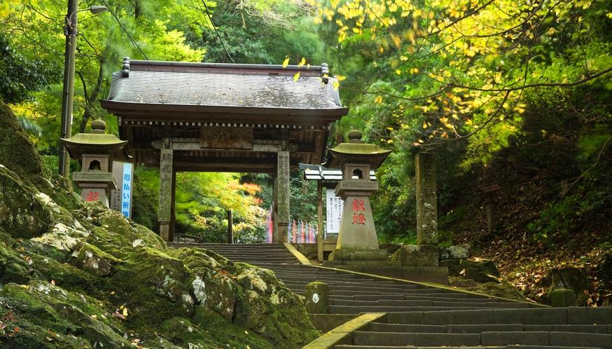 清水寺参道の大門