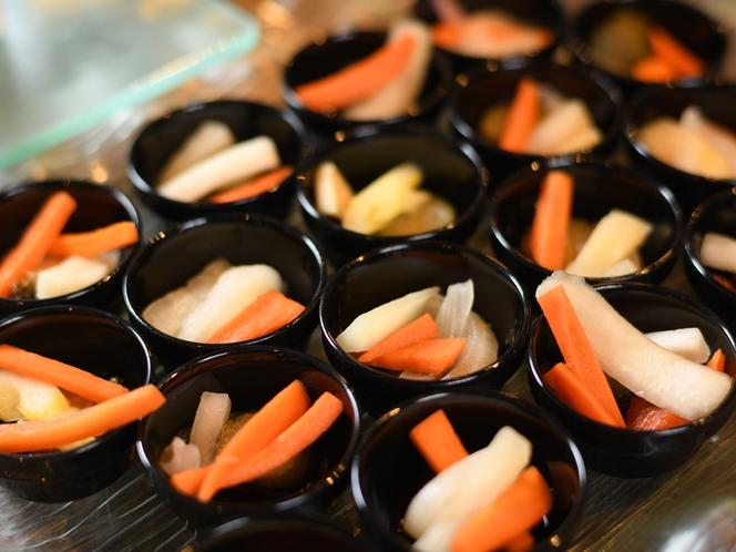 トングを使わない個別盛洋食冷製オードブル(一例)