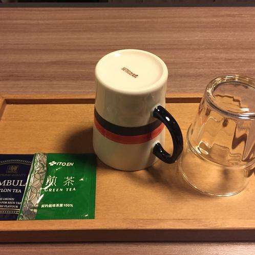 【客室】ティーセット(紅茶・お茶のパックをご用意しております。)