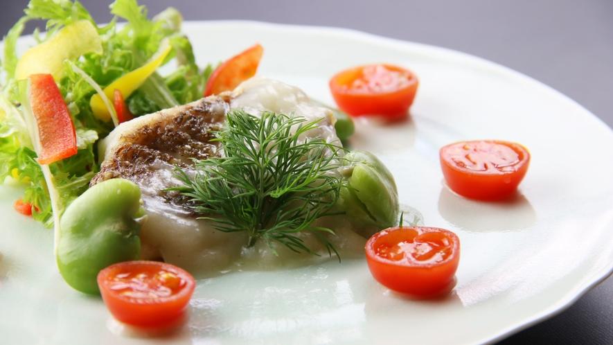 ■期間限定-一番食材 夏 料理自慢のちどりが魅せる。和洋折衷割烹 鱸のポワレ~夏野菜と檸檬ソース添え