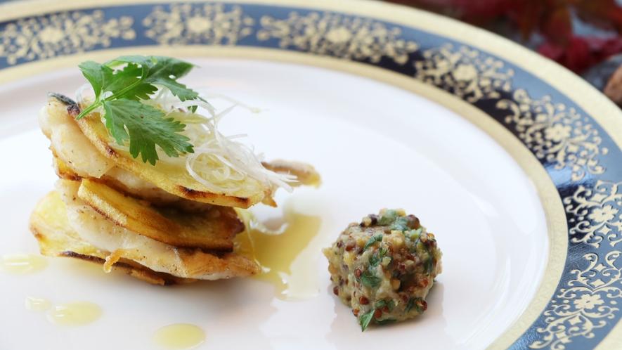 ■期間限定-一番食材 秋  料理自慢のちどりが魅せる。和洋折衷割烹 伊達いわなのミルフィーユ仕立て