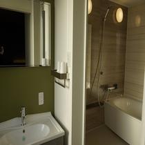 スーペリアツインルーム(セパレート様式バスルーム)