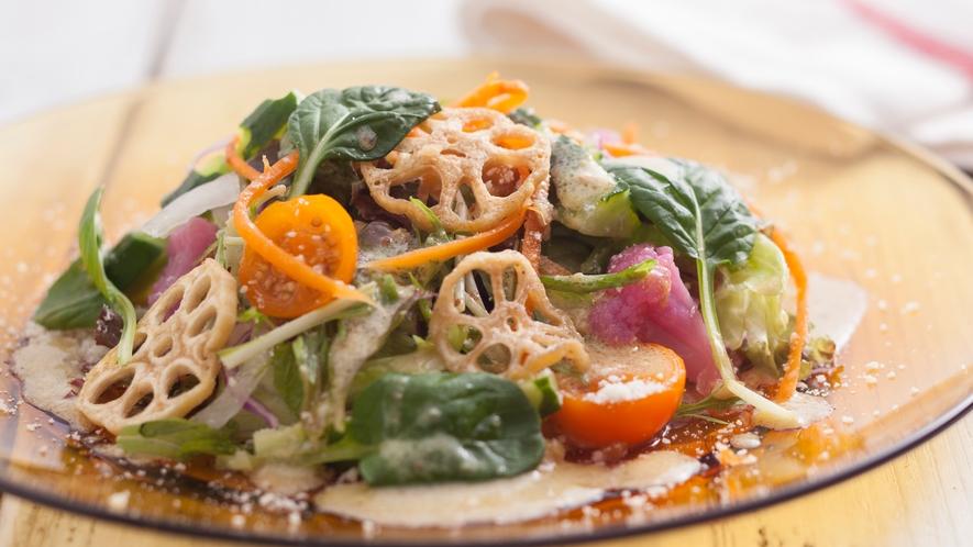 サラダは新鮮さが一番のスパイス
