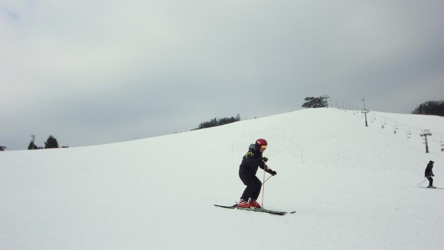 ≪アップかんなべスキー場≫当館からは車で3分★
