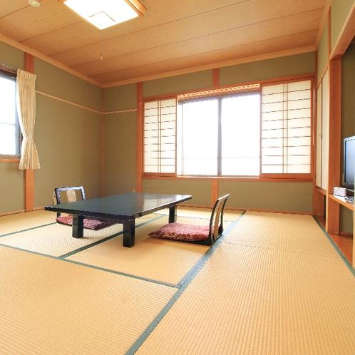 【8畳~10畳】ファミリー向けの広めの和室です。