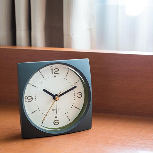 アラーム付き時計