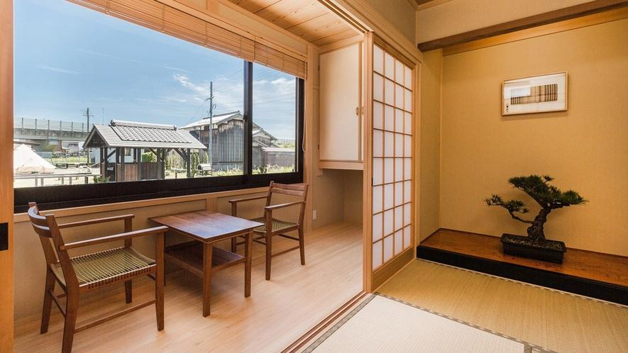 ・<別館和室>青空とのどかな景色を見ながら畳でゴロゴロするのもいいですね