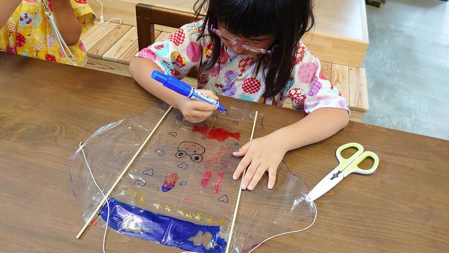 ・竹と織物の体験工房 竹ハリエではさまざまな体験ができます。