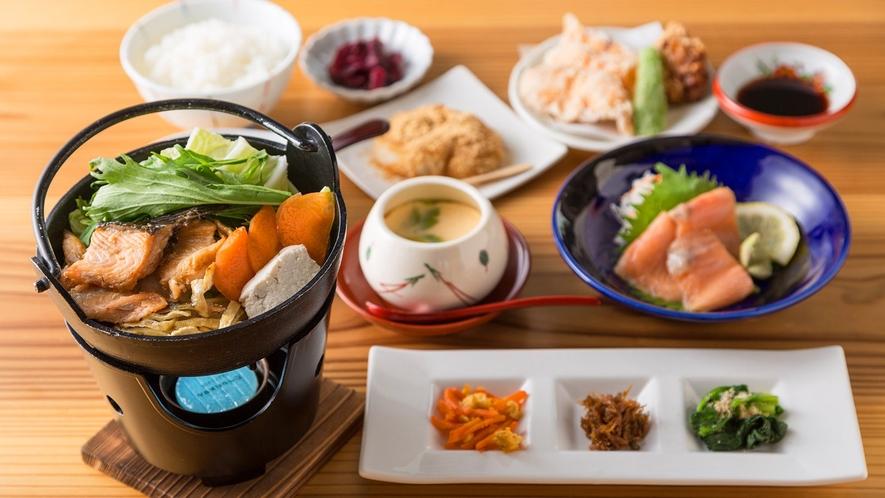 ・琵琶湖といえばビワマス!初夏に旬を迎えます。ぜひご賞味ください