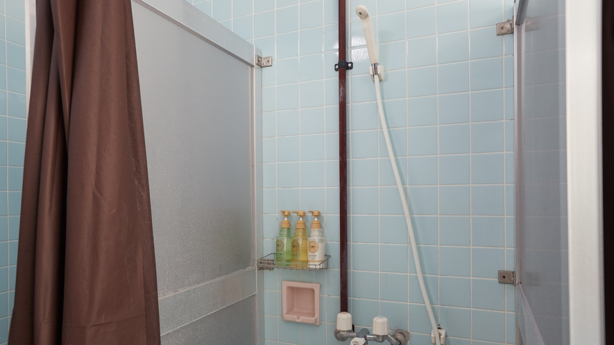 共同シャワー