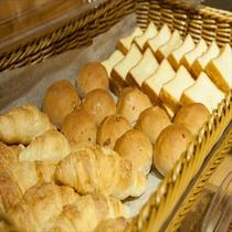 ■朝食:パンコーナー