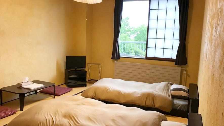 *【部屋/ツインベッドルーム】和室にベッドタイプのお部屋です。ご夫婦やカップルにお勧めです。
