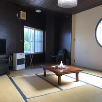 *【部屋/和室8畳】快適にお過ごしいただける純和風の畳のお部屋です。