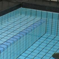 三国温泉のお風呂で、湯ったりと温泉気分を満喫♪