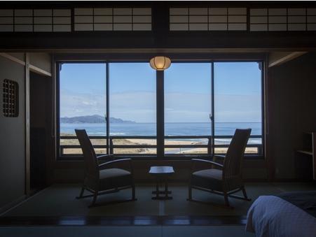【オーシャンフロント】海側客室(セミダブルベット付和室)