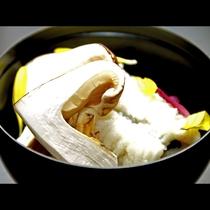 はもと松茸の香りが食欲をそそります♪