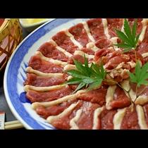 低カロリーで栄養価の高い鴨肉♪疲労回復にも効果があります。