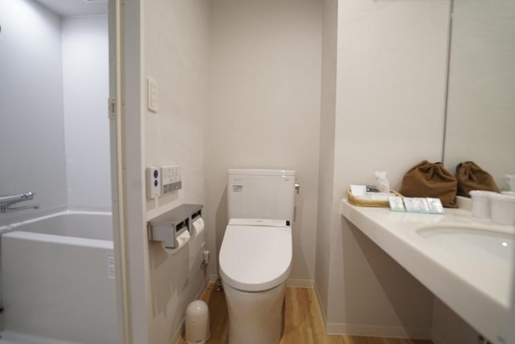 レディースルームバス・トイレ