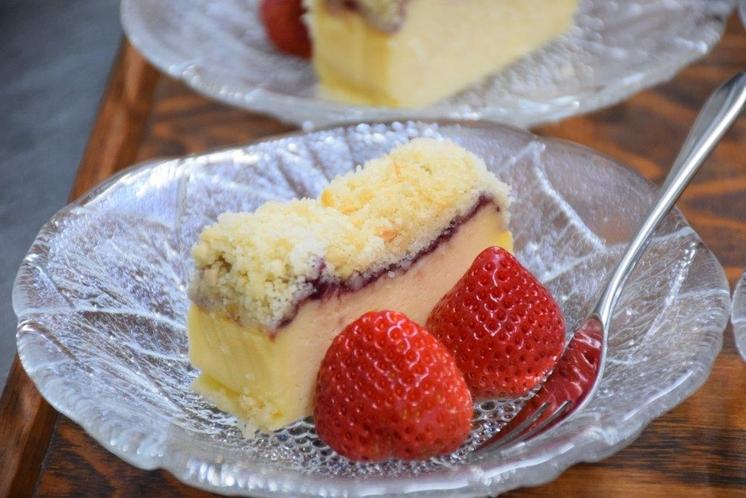 デザート(クランブルチーズケーキ)