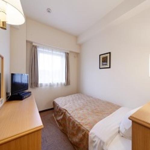 【客室】シングルルーム ベッドサイズ:123×195(㎝)セミダブルサイズです