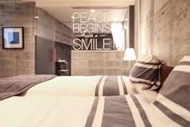 ROOM-002ベッドルーム