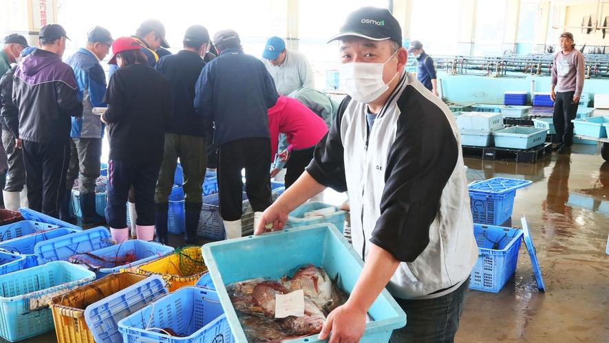市場◆主人自らが厳選した食材を仕入れます