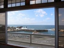 お部屋から眺める日本海