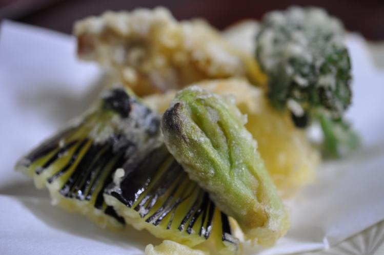 春の魚と山菜の天婦羅