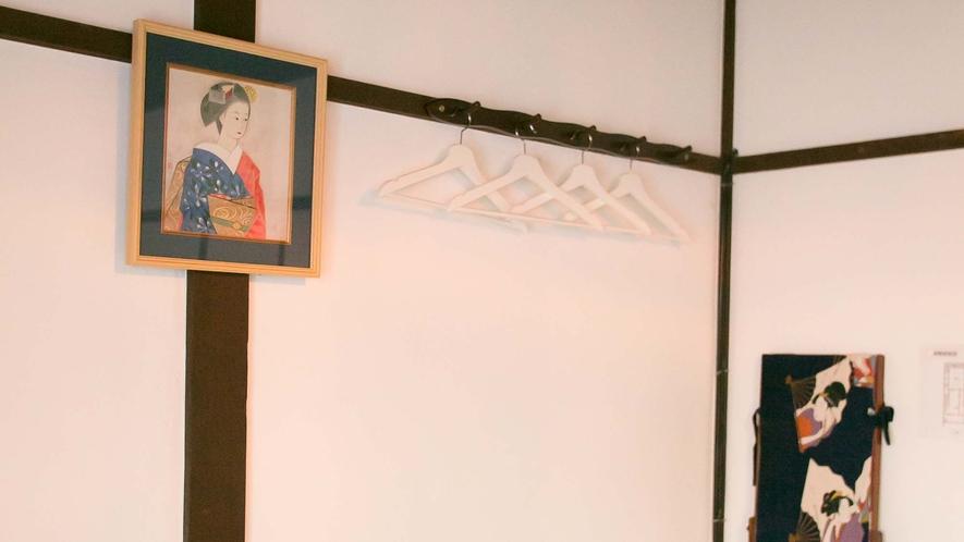 ・【椿】お部屋の雰囲気に合わせた和のテイストのインテリアにもご注目ください