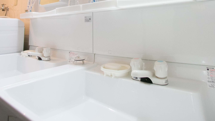 ・広くて綺麗な洗面所