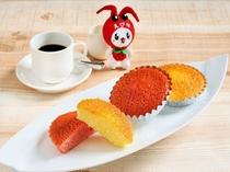 ホテルメイドの焼き菓子やデコレーションホールケーキをテイクアウトでお求めいただけます。