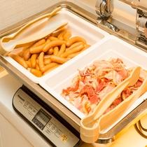 朝食:定番メニュー(王道)カリカリベーコン&ぷりぷりウィンナー