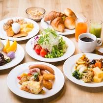 朝食:バイキングスタイルで6:30~ご用意