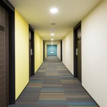 客室:廊下