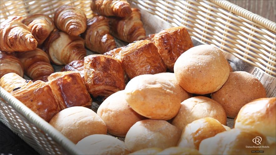朝食(パンコーナー)