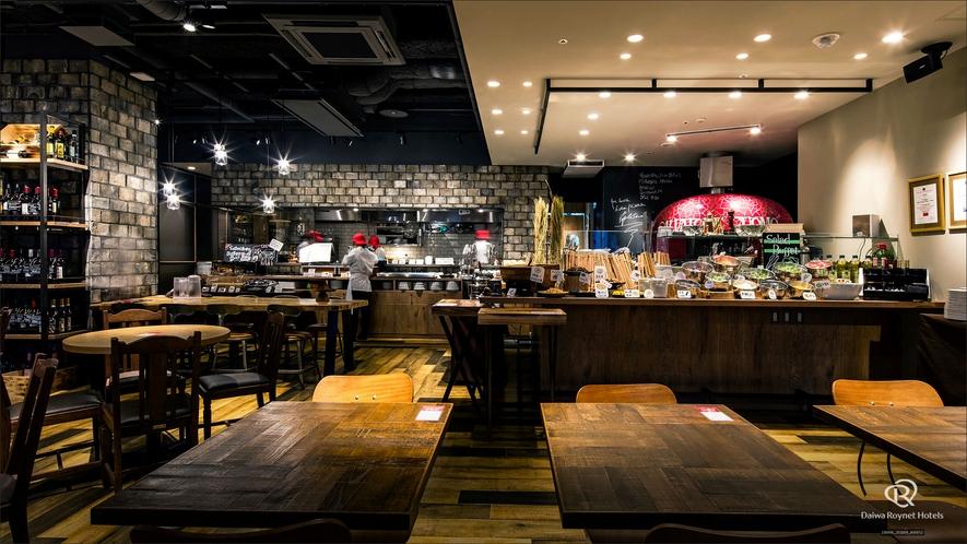 1階レストラン サルヴァトーレ・クオモ&BAR