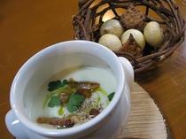 淡路島の新玉ねぎのポタージュスープ