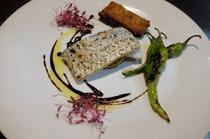 鮮魚のポワレ・バルサミコのソース スイートコーンの焼きリゾット添え