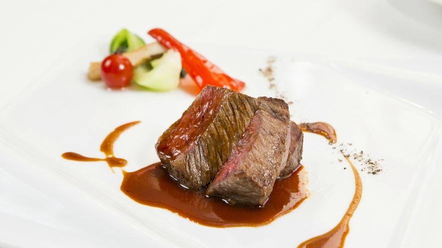 【Dinner一例】大分の恵まれた自然の中で育った豊後牛のロティフォンド・ヴォーソース