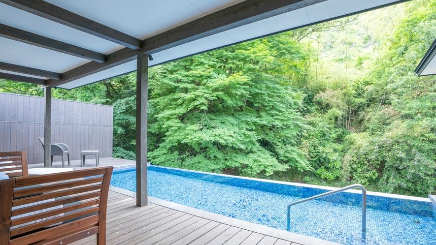 プライベート温泉プール付き川沿いヴィラ【関山 kanzan】プライベート空間でくつろぎのひとときを。